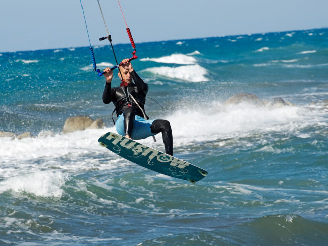 Dagens_bild_kite_surfing_norra_cypern_magasinet_north_cyprus