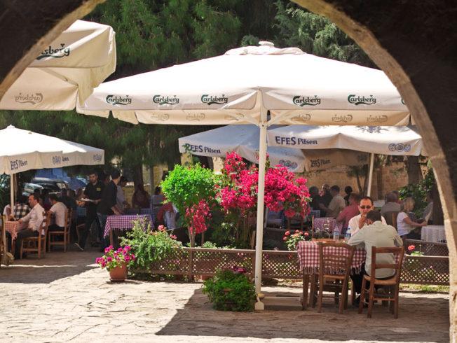 restaurang_nicosia_norra_cypern_magasinet_parasol