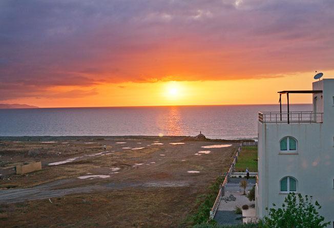 Norra_Cypern_solnedgang_gaziveran