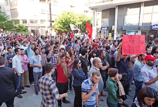 forsta_maj_demonstration_norra_cypern_4