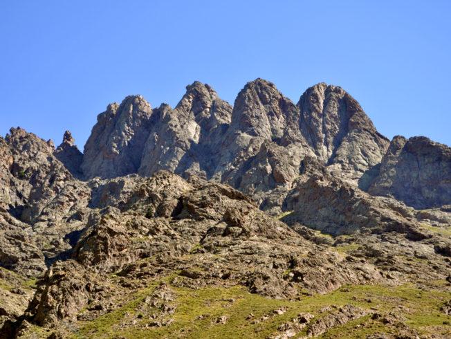 Five_finger_mountain_Corsica_girne_Femfingerberget_norra_cypern