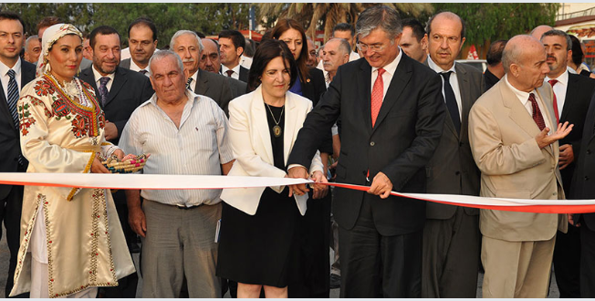 Internationell_massa_norra_cypern_lefkosa