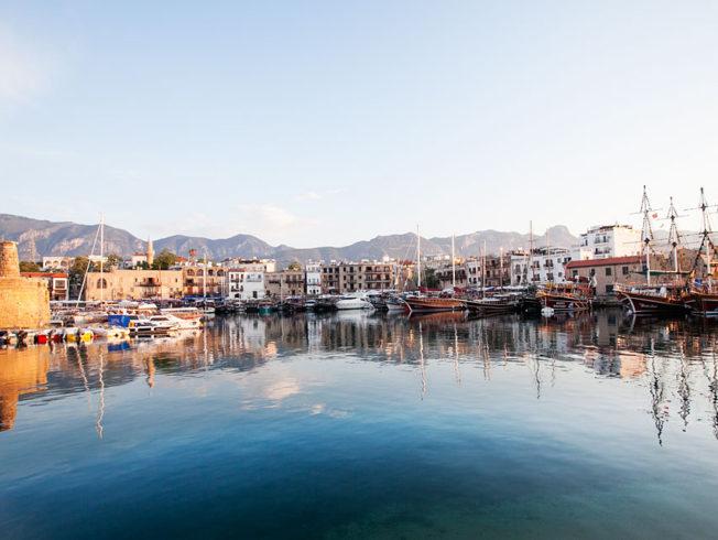 Kyrenia_girne_hamn_Norra_Cypern