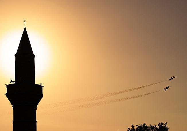 dagens_bild_flyg_uppvisning_norra_cypern_north_cyprus
