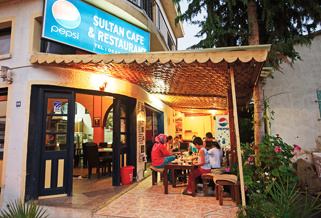 restaurang_familj_turkisk_mat_turkish_food_norra_cypern_north_cyprus_mat