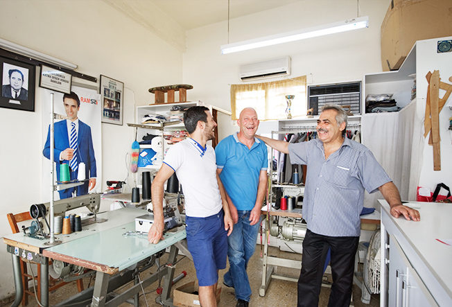 symaskin_guzelyurt_norra_cypern_man_north_cyprus_tailors_1