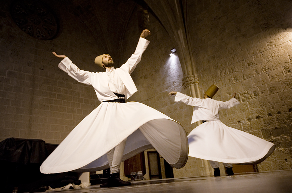 whirling-dervishes-bellapais-north-cypru