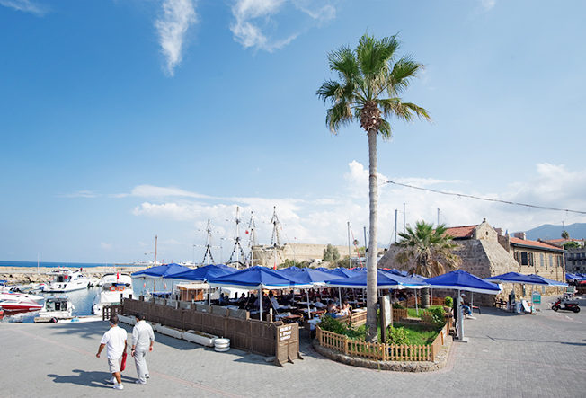 north-cyprus-sixbrothers-restaurant-girne-harbour