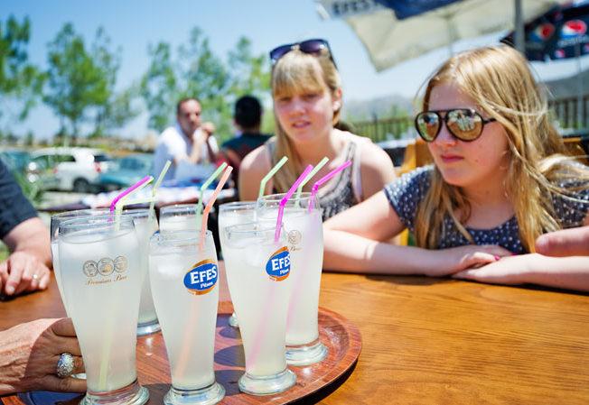 lemonade-north-cyprus-girls