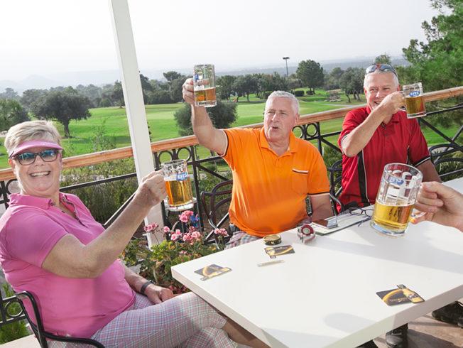north-cyprus-swedish-golfers-enjoying-beer-korineum