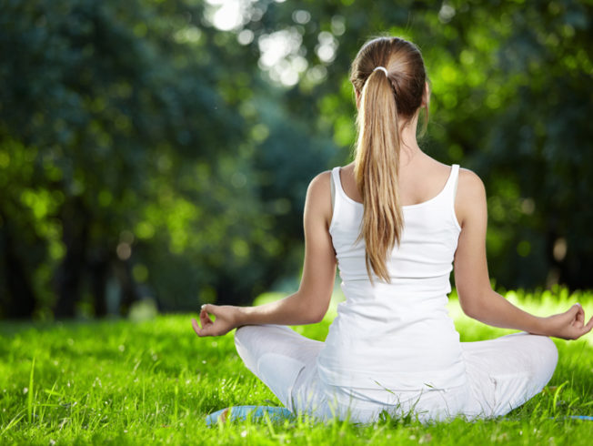 yoga-exercise-cyprus-nicosia-green-grass-girl