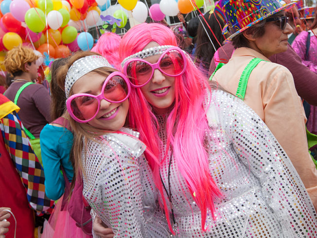 north-cyprus-2015-carnival-limassol-pink-hair-glasses