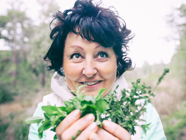 north-cyprus-woman-with-herbs