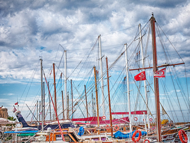north-cyprus-yachts-girne-harbour