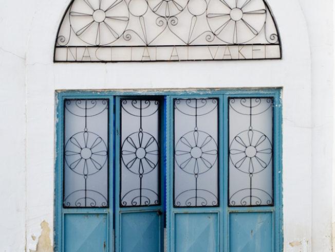 north-cyprus-blue-doors