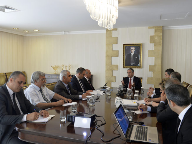 Akinci-receives-Union-of-Municipalities-The-Water-is-important