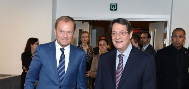 tusk-President-Nicos-Anastasiades-meeting-on-Cyprus 2
