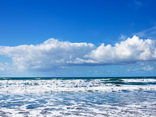 north-cyprus-2015-cloud-sea-waves