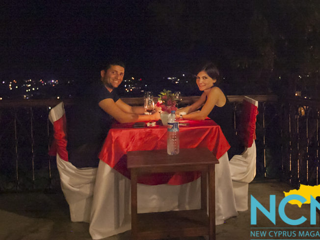 north-cyprus-2015-romantic-dinner-couple-in-love