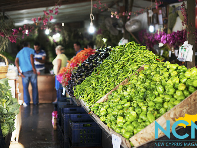 north-cyprus-Wednesday-market-girne