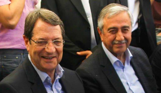 Cyprus-presidents-Anastasiades-Akinci