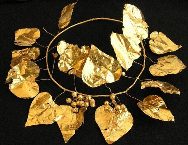 north-cyprus-Golden-ivyleaf-crown-Soli