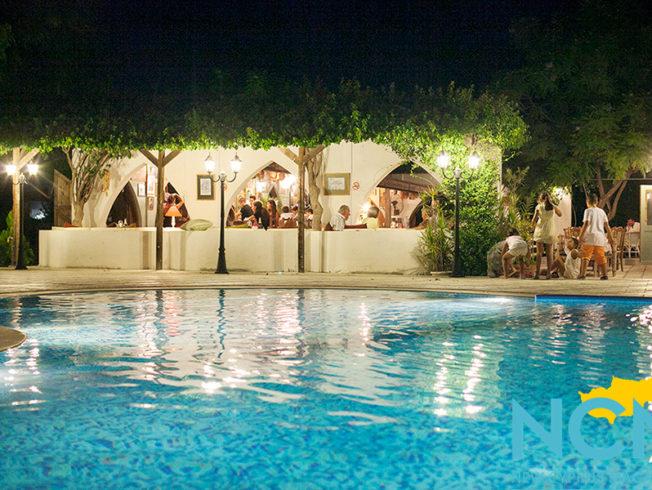 north-cyprus-2015-fez-restaurant-pool-area