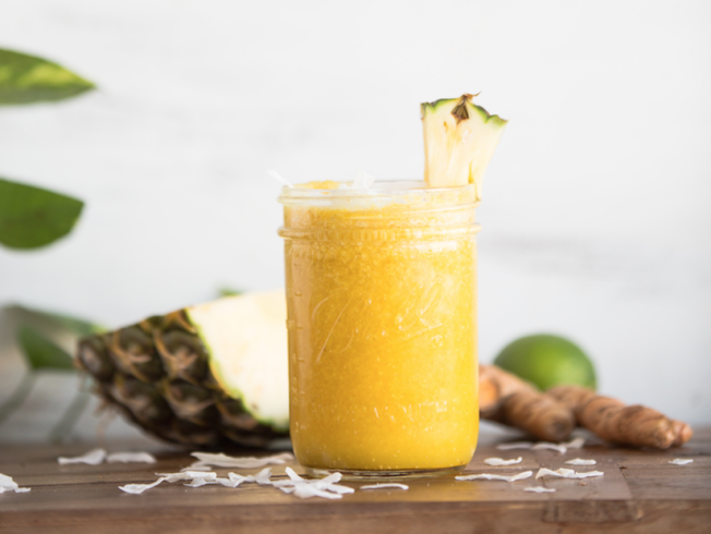 north-cyprus-pineapple-turmeric-smoothie