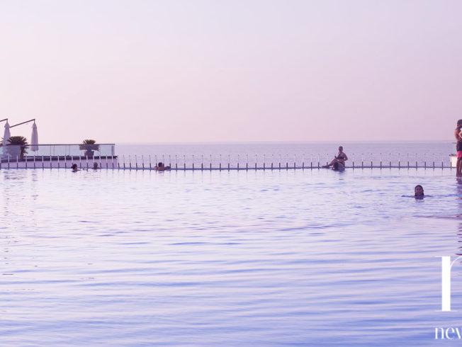 Cratos hotel poolside