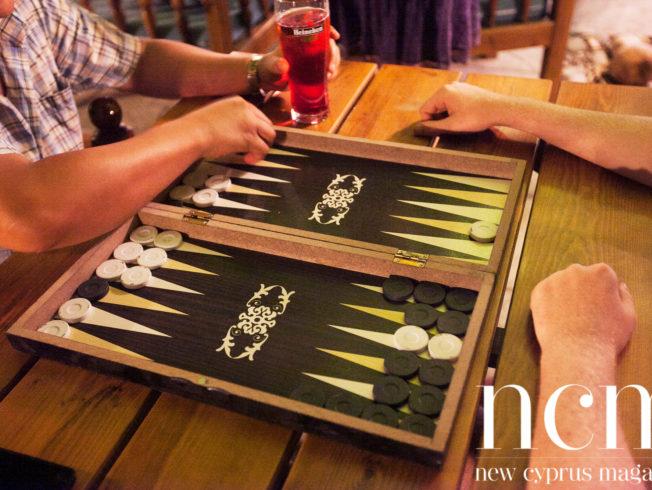 Backgammon playing